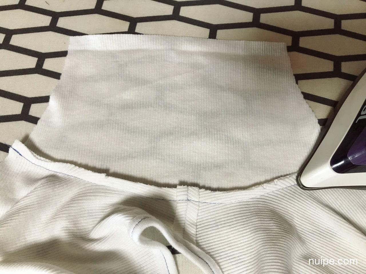 袖の縫い代アイロン