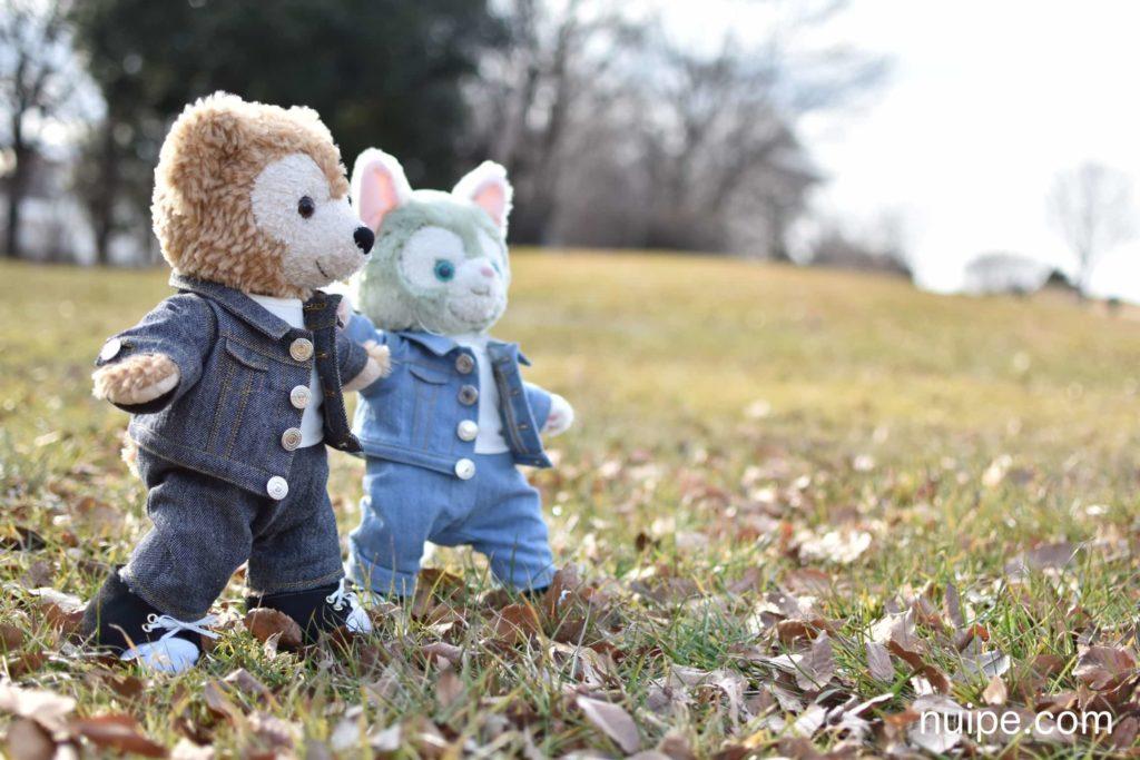 お散歩するダッフィーとジェラトーニ