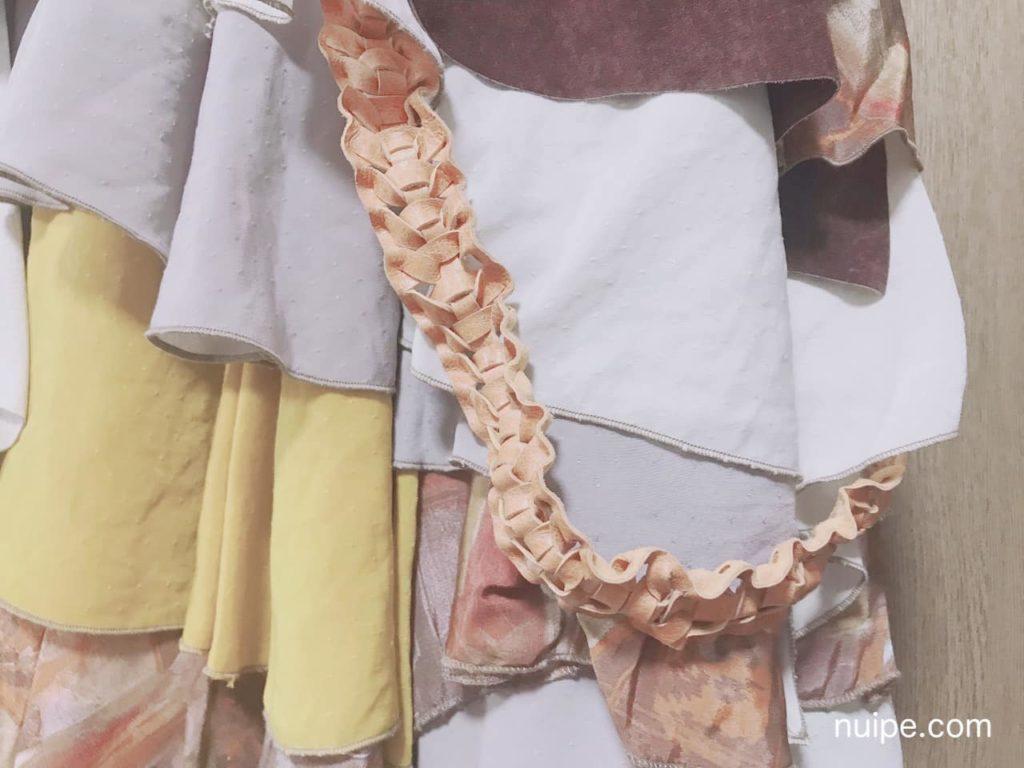 豚革の編み込み