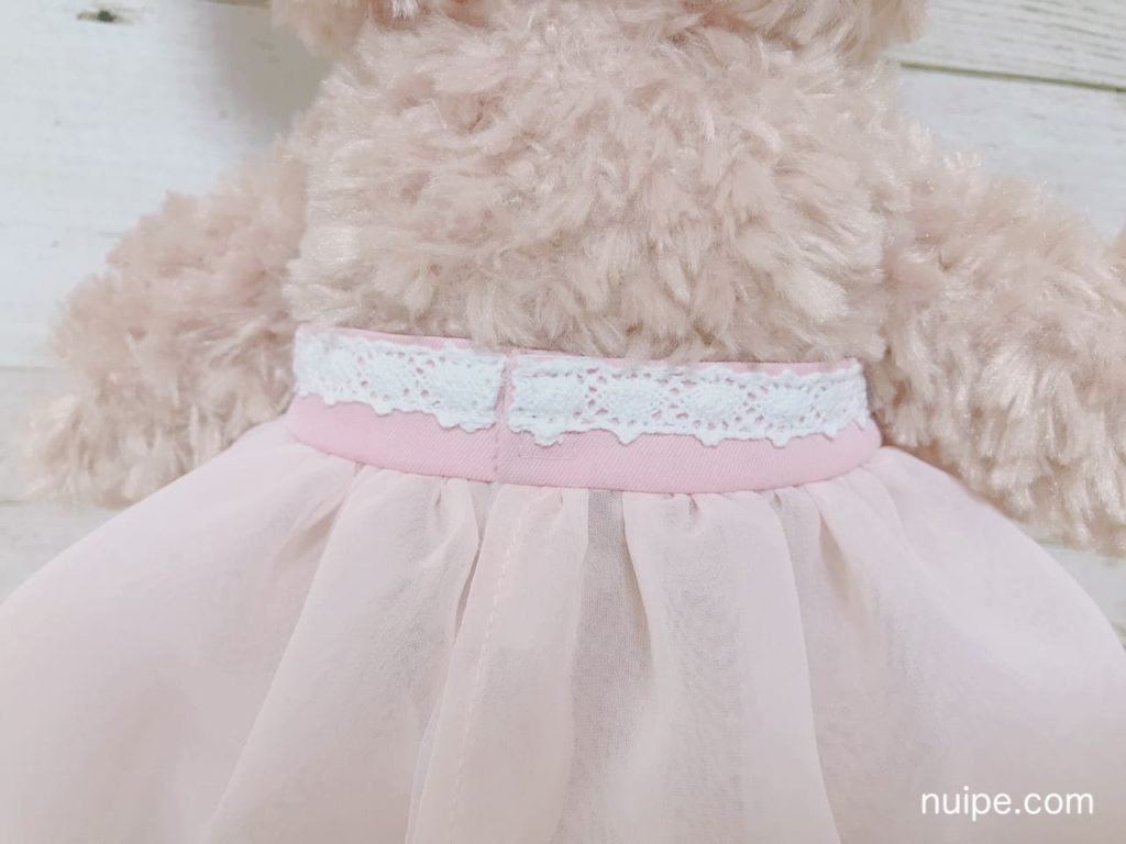 シェリーメイのドレス後ろ